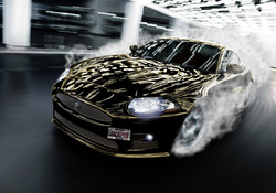 Jaguar XKR-S Drift