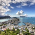 527316-clouds,cityscapes,sea,buildings,Ålesund