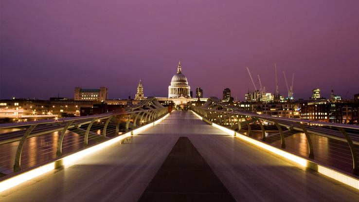 677156-cityscapes,London,hall,urban,citylights,Millennium Bridge,St.jpg