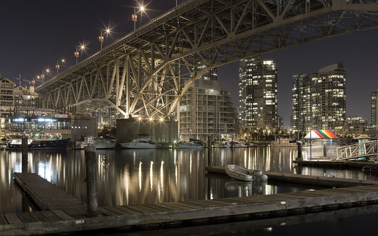 783437-bridges,buildings,vehicles,bright,cities,water,cityscapes,lights,ships.jpg