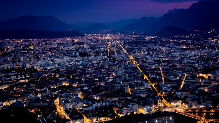 1373533-cityscapes,night,lights.jpg