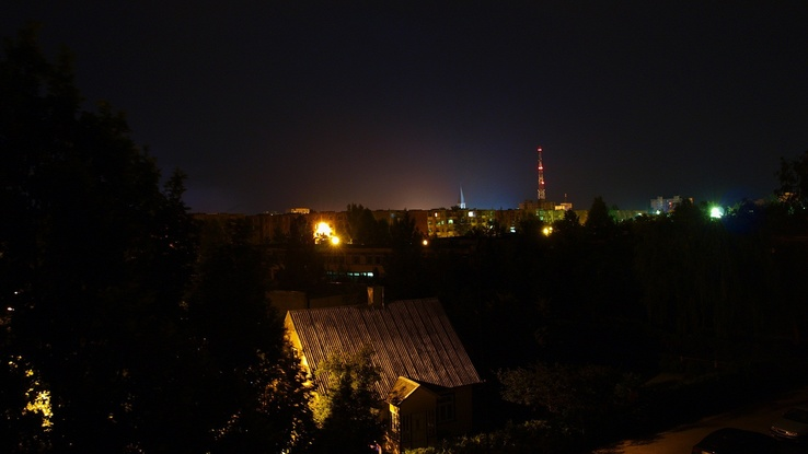 1453139-cityscapes,night,town,Lithuania,skyscapes,ttic24.jpg
