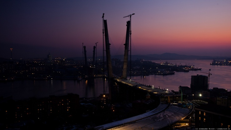 1484481-cityscapes,dawn,sea,bridges.jpg