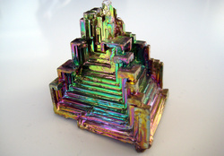 784209-bismuth,iridescence