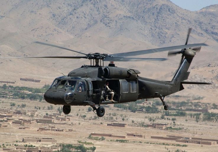 102078-aircraft,military,helicopters,vehicles,UH-60 Black Hawk.jpg