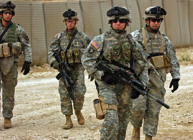 455241-war,guns,army,military,soldier.jpg