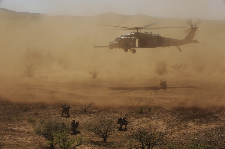698584-soldiers,army,military,helicopters,vehicles.jpg