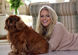 1740162-brunettes,blondes,women,blue eyes,animals,dogs,smiling,lying down,Emilie Marie Nereng,Emilie Voe Nereng