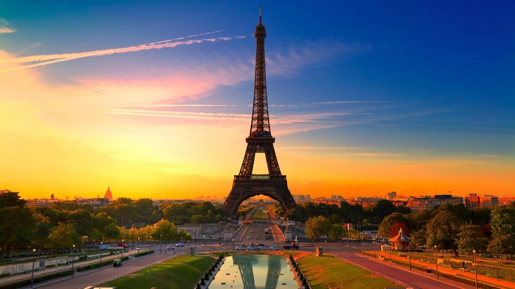 1570556-Eiffel Tower,clouds,cityscapes,tower,day.jpg