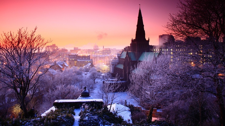 1692284-winter,snow,cityscapes,dawn,Prague.jpg