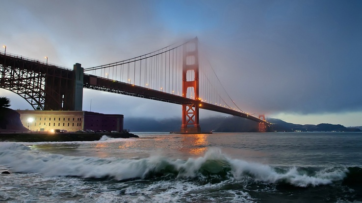 1743386-water,cityscapes,fog,bridges,Golden Gate Bridge,town,San Francisco.jpg