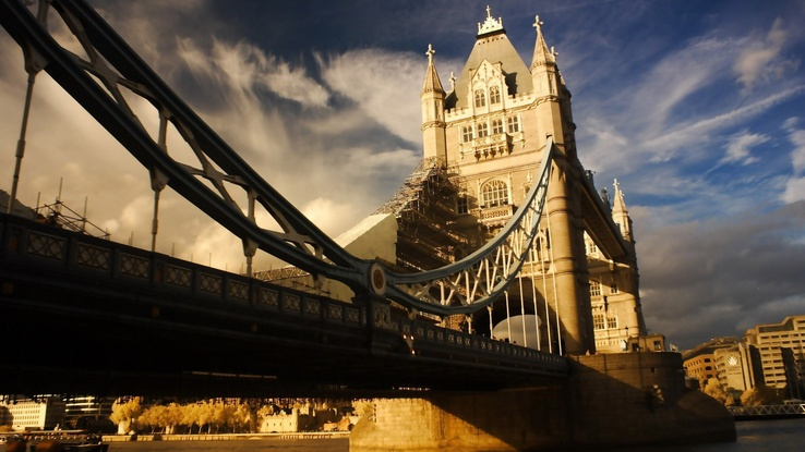 1743409-clouds,cityscapes,architecture,bridges,town,Tower Bridge,skyscapes.jpg