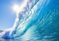 Mavi deniz ve dalga